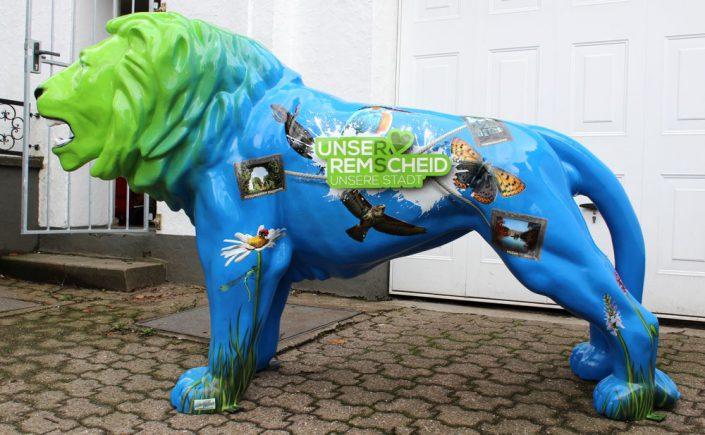 Löwe Blau mit Tiermotiven