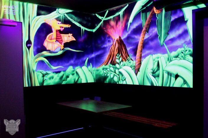 Vulkan und Dschungel in Neonfarben